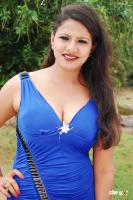 Shivani Hot in Ilamai Oonjal Stills (2)