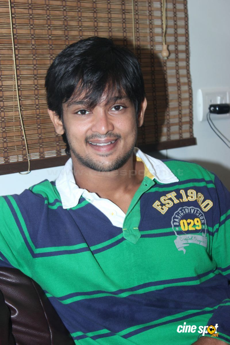 Nakul Tamil Actor Stills (3): cinespot.net/gallery/v/south+cinema/actors/nakul+tamil+actor+photos...