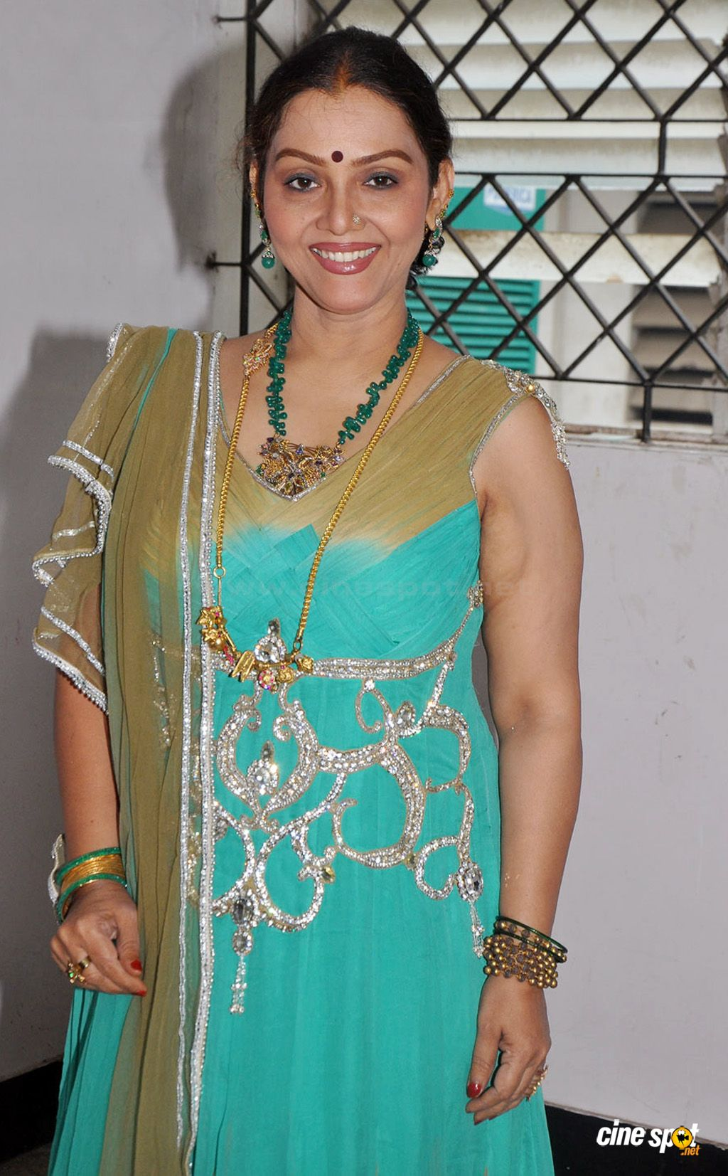 Fathima Babu Actress Photos (1)