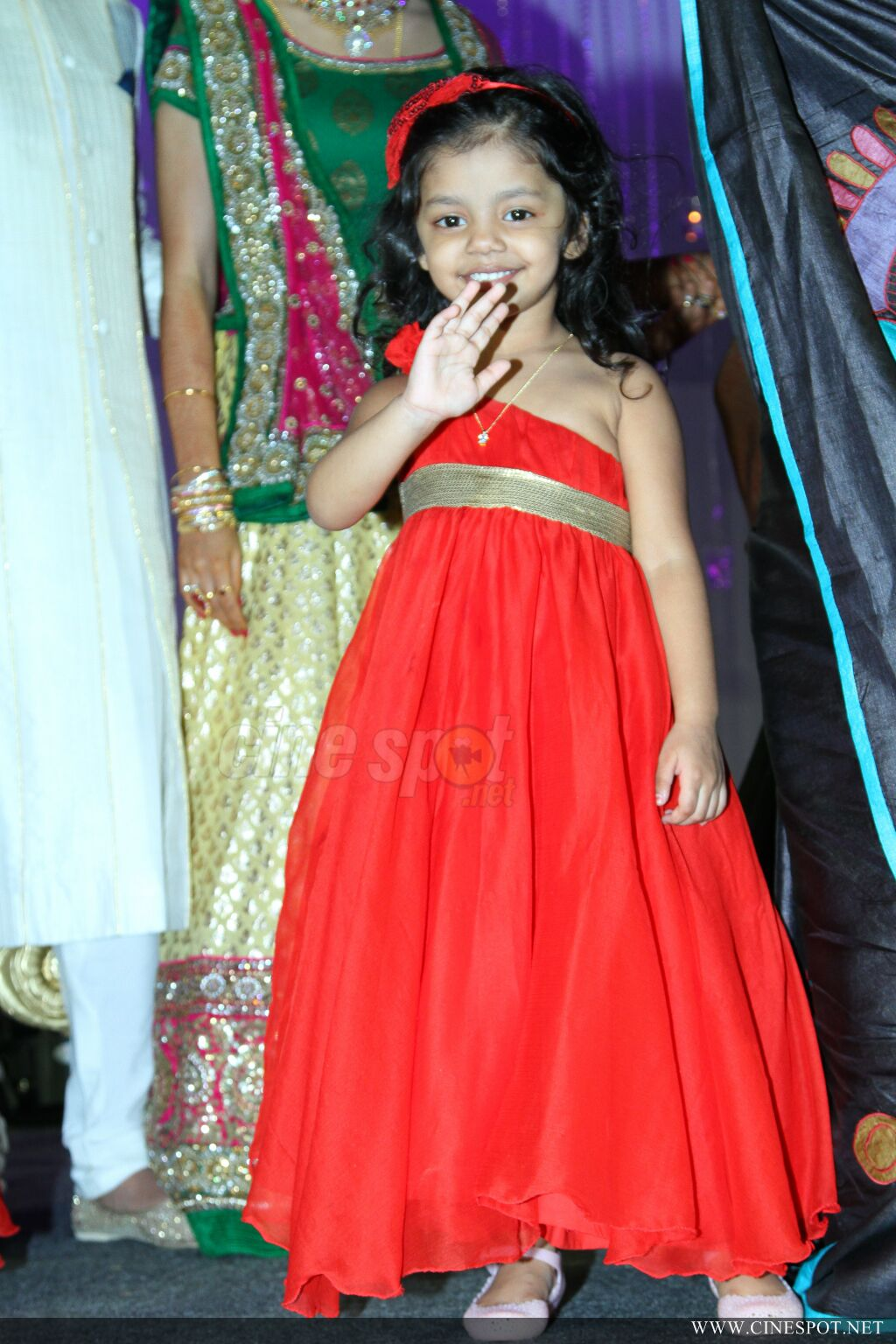 Samvrutha sunil reception photos (26)