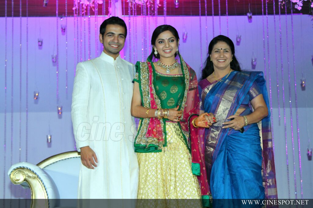 Samvritha Sunil Marriage Reception 16