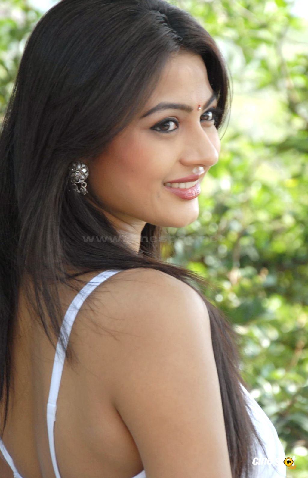 Kumkum Actress Photos