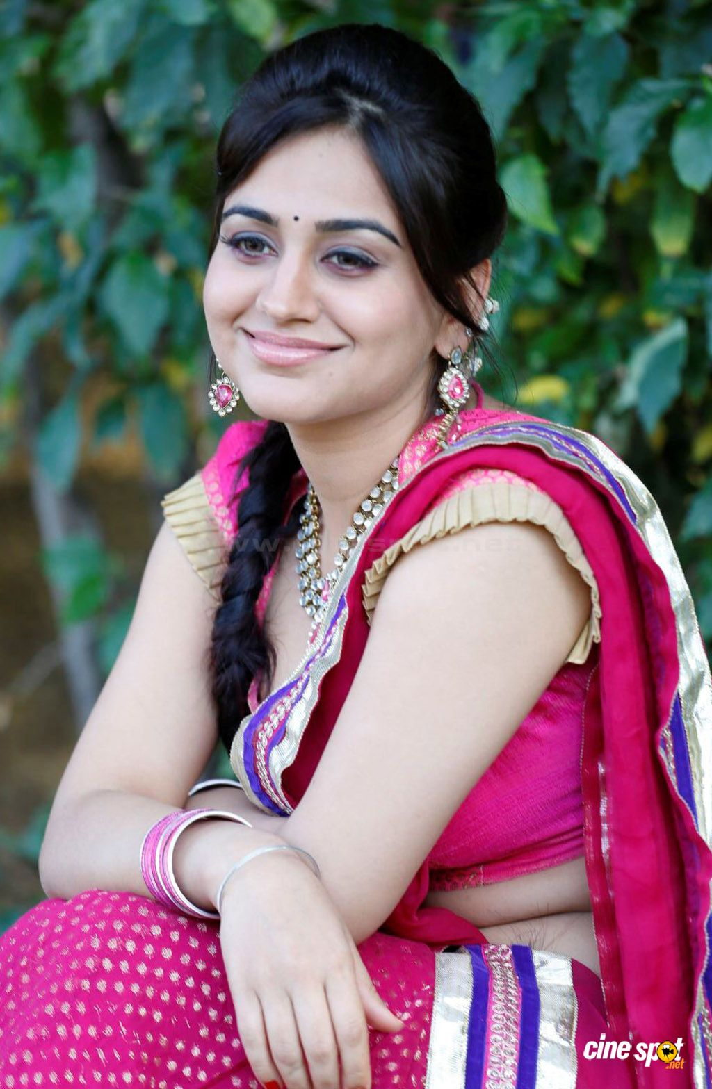 Aksha in Rey Rey Movie Photos (8)