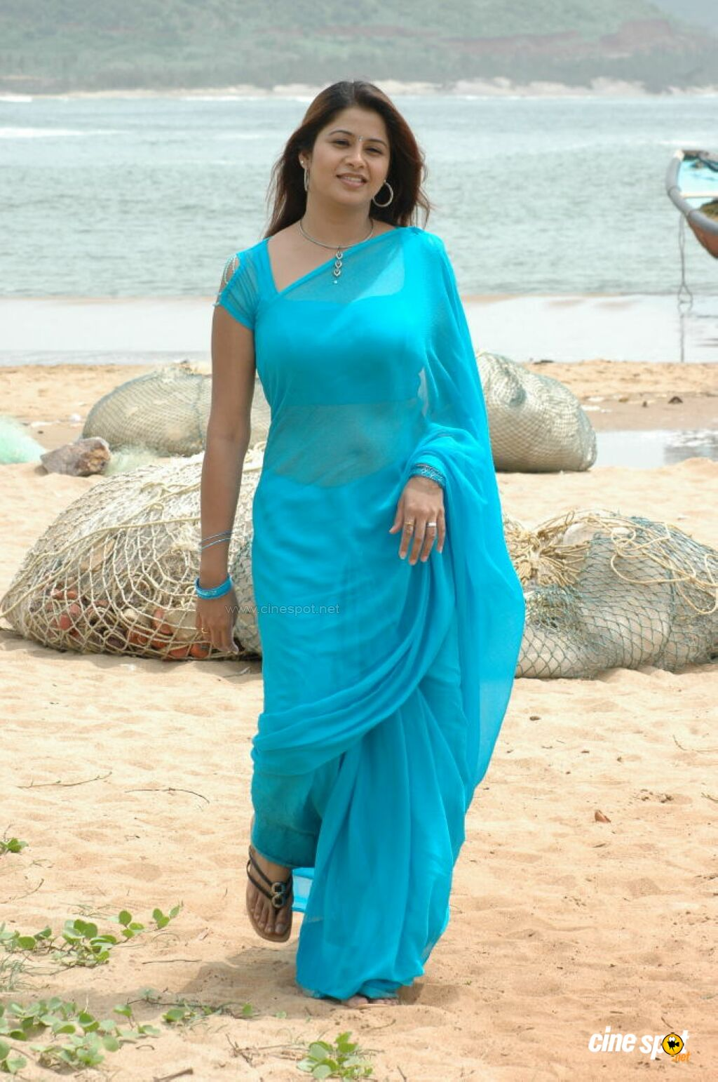 Consider, that actress sangeetha hot in saree happens. You