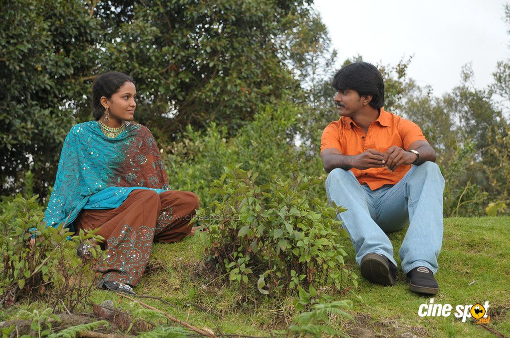 Porckudi 10 m vahuppu-Tamil Movie Photos (5)