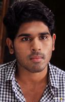 allu sirish photos in gouravam (2)