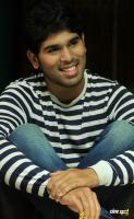 allu sirish photos in gouravam (5)