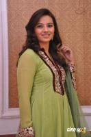 Isha Chawla New Photos (10)