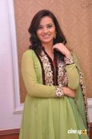 Isha Chawla New Photos (14)