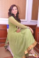 Isha Chawla New Photos (19)