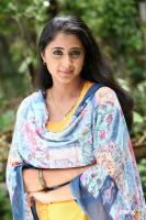 kanika actress photos (5)