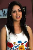 Yami Gautam New Hot Stills (13)