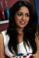 Yami Gautam New Hot Stills (5)