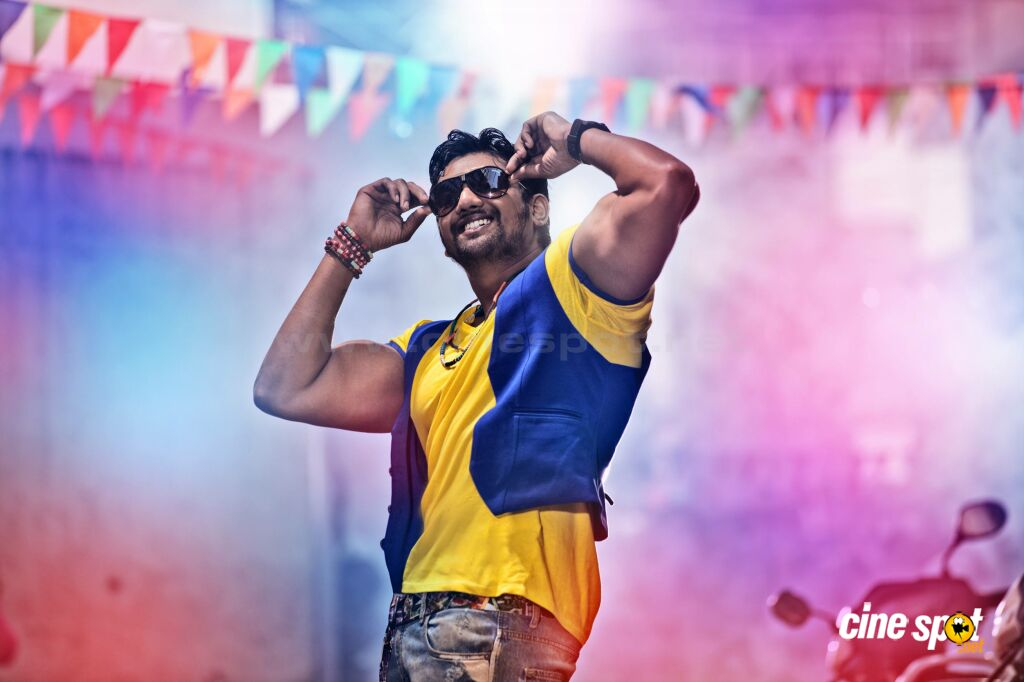 Bahaddur Film Photos (1)