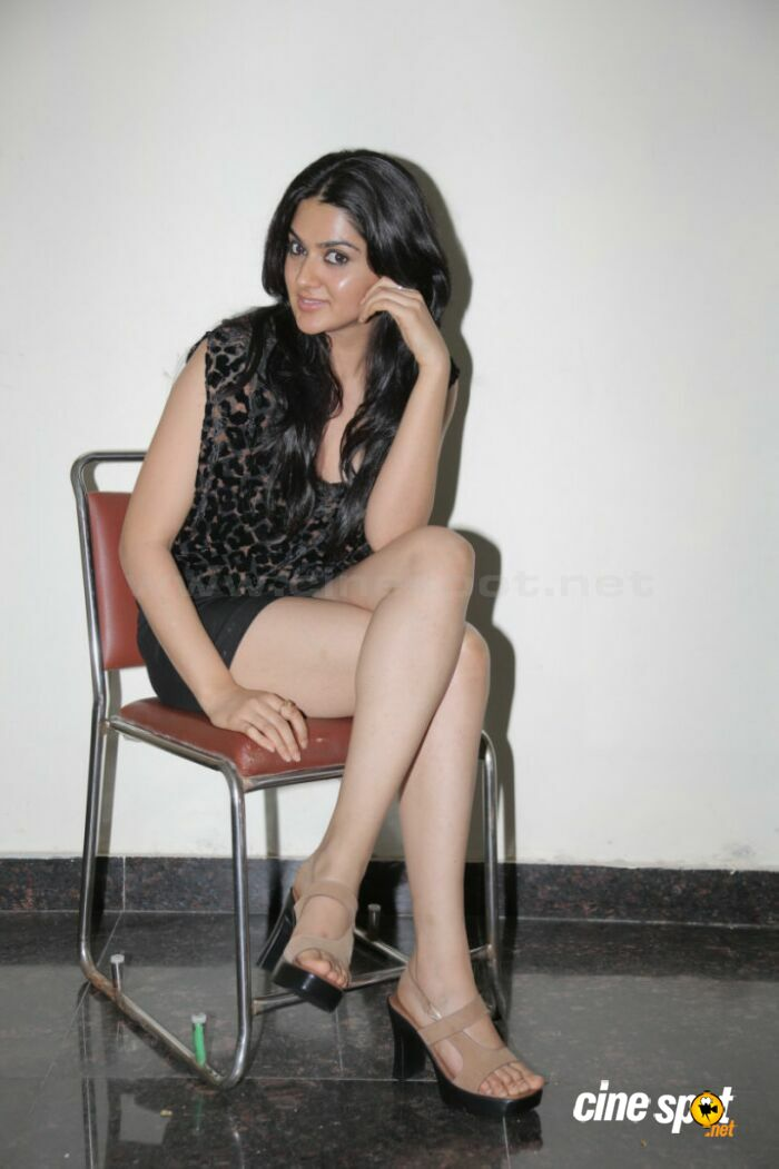 sakshi chowdary hot gallery 5