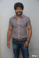 Yash at Raja Huli Press Meet (1)