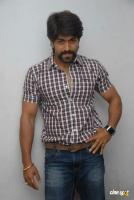 Yash at Raja Huli Press Meet (3)
