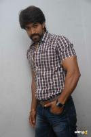 Yash at Raja Huli Press Meet (5)