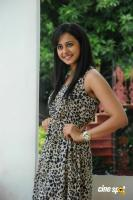 Rakul Preet Singh New Photos (43)