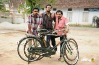 Bicycle Thieves Movie Stills (12)