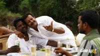 En Nenjai Thottaaye Movie Stills (5)