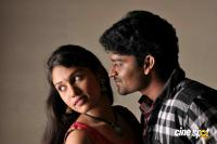Ninnaiye Radhiyendru Ninaikkindrenadi Movie Photos