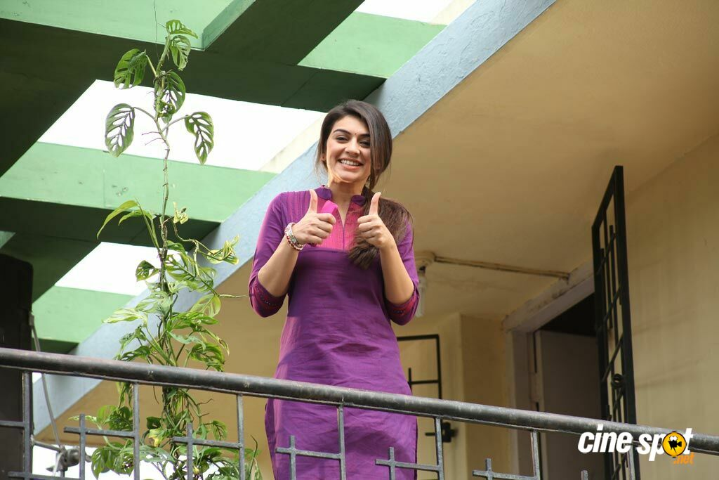 Hansika New Stills in Maan Karate (10)