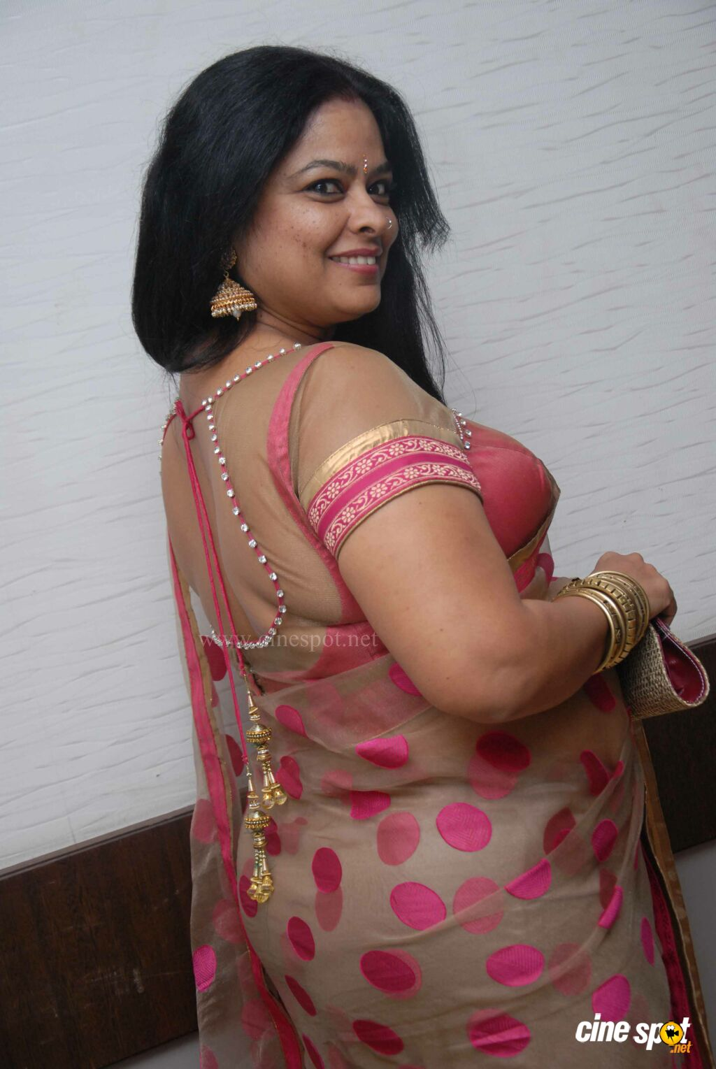 You tell Indian hot aunty images that interfere