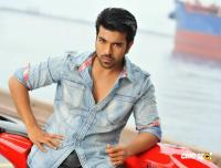 Yevadu Movie Photos Stills