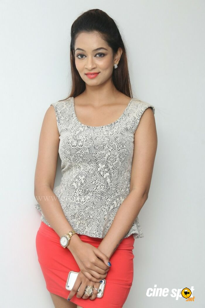 Rashmi Hyderabad Model Stills (1)