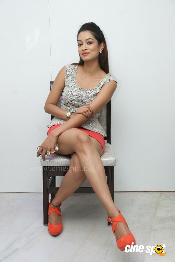 Rashmi Hyderabad Model Stills (9)