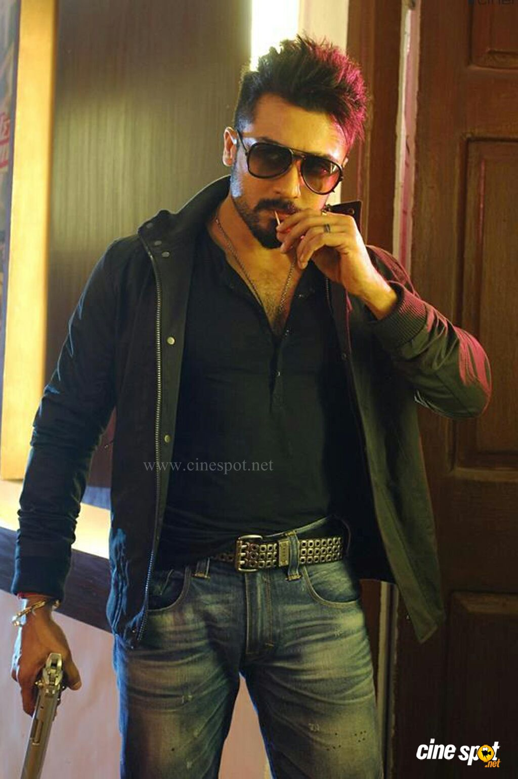 Anjaan Latest Images 2
