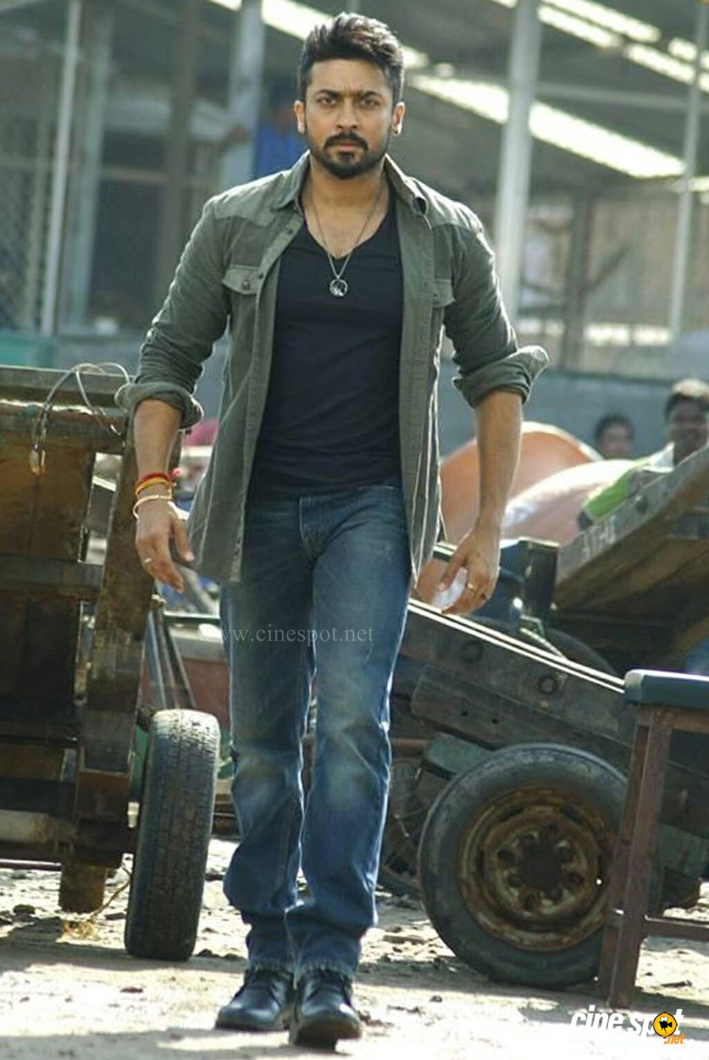 Anjaan Latest Images 4