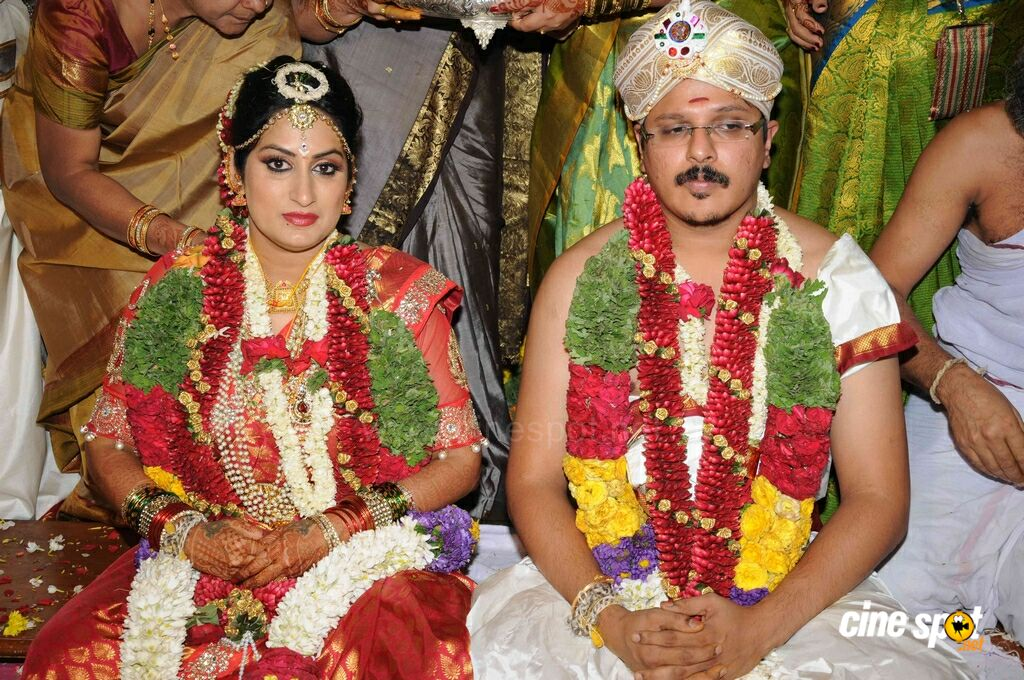 roopa iyer and gowtham srivathsa wedding stills 5