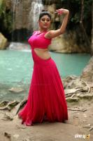 Oviya in Sandamarutham Stills (4)