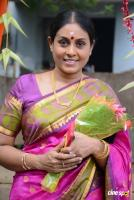 Saranya Ponvannan at Jeyikkira Kudhira Launch (2)