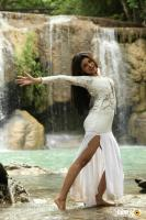 Oviya Helen in Sandamarutham Stills (4)