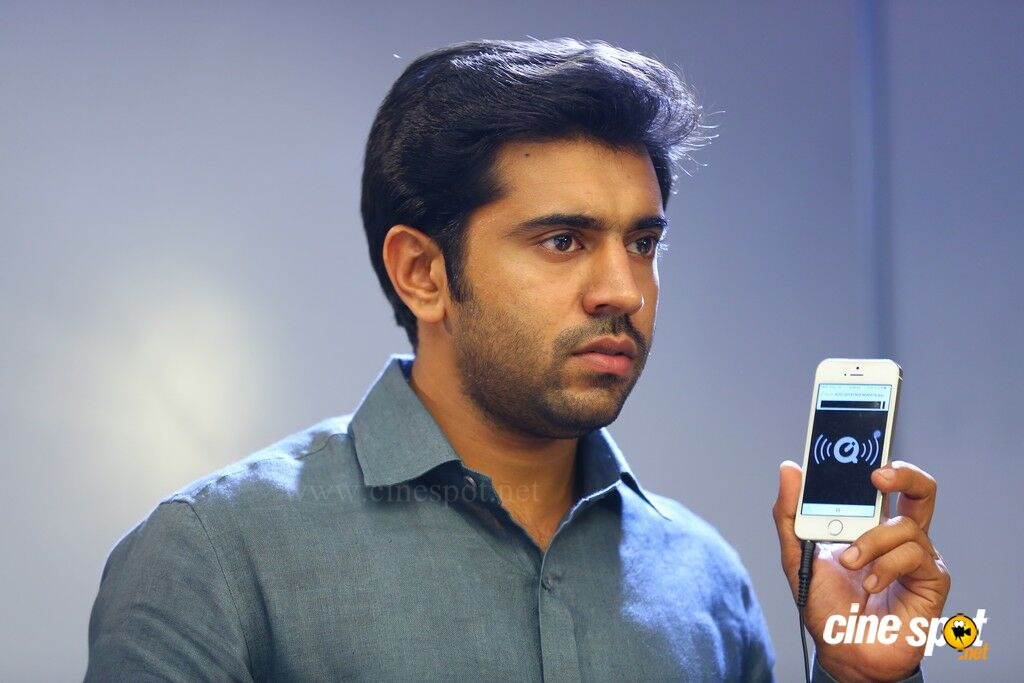 Nivin Pauly Stills in Mili Movie (24)