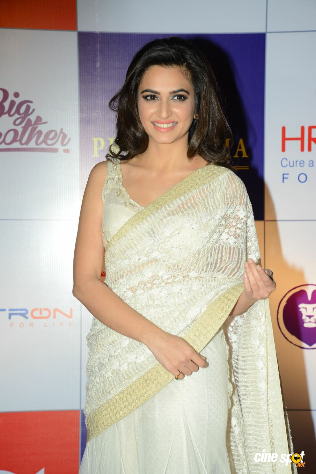 Kriti Kharbanda at CCL Charity Dinner (11)