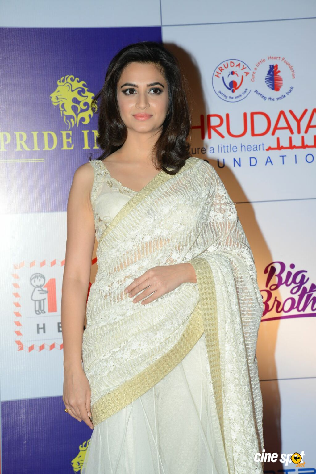 Kriti Kharbanda at CCL Charity Dinner (14)