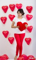 Actress Aavaana Valentines Day photoshoot (1)