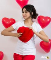 Actress Aavaana Valentines Day photoshoot (3)