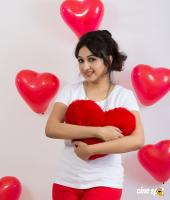 Actress Aavaana Valentines Day photoshoot (4)