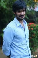 Nakul at Tamiluku En Ondrai Aluthavum Team Interview (12)