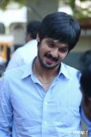 Nakul at Tamiluku En Ondrai Aluthavum Team Interview (3)