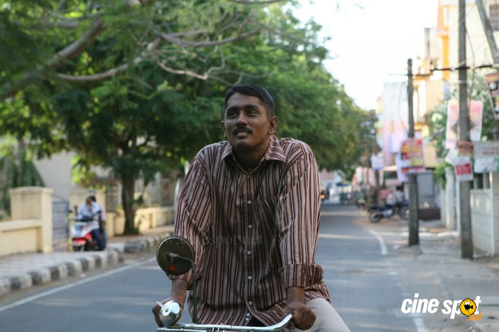 Siddharth in Enakkul Oruvan Photos (14)