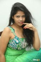 Lucky telugu actress photos