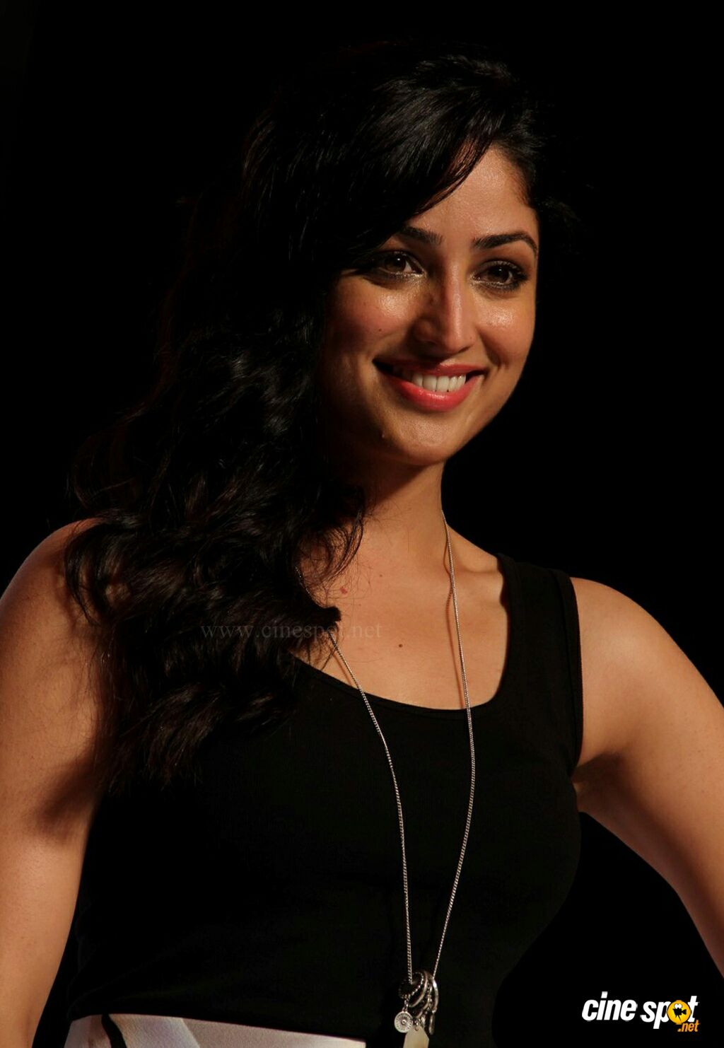 Yami Gautam at Marks Spencer SS Collections Launch (5)