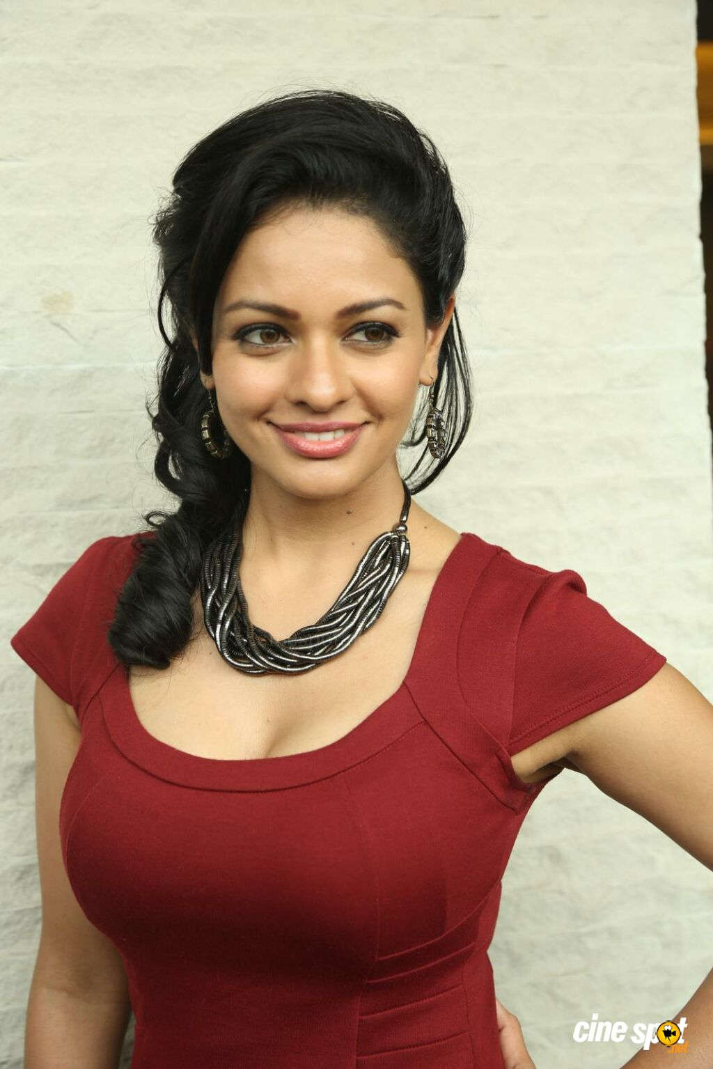 pooja kumar at uttama villain movie release press meet 6