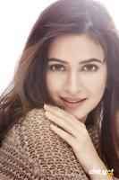 Kriti Kharbanda Latest Photo Shoot (1)